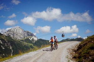 Rasante Downhill-Strecken (c) nassfeld.at Prokop