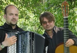 Krzysztof Pelech (re) und Piotr Rango (c) laguitarraesencial.at