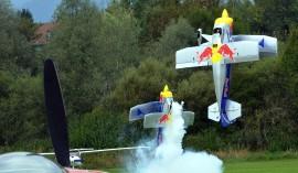 Flying Bulls starten atemberaubend in den Himmel  (c) Gassner & Hluma Communications, Abdruck honorarfrei