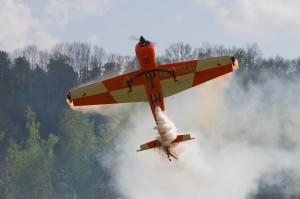 Showeinlage des Modellflugpiloten Alexander Balzer  (c) showfly.at, Abdruck honorarfrei