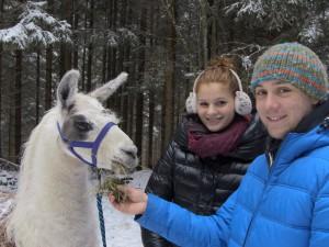 Mit vierbeinigen Begleitern an die frische Winterluft Copyright: Rudolf Langer