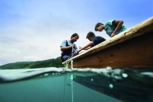 web Geschmack der Kindheit - Anfischen am Millst+ñtter See -® K+ñrnten Werbung, Fotograf Sam Strauss